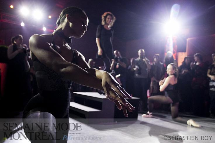 Les danseuses venues agrémenter le cocktail de presse automne-hiver 2012 de Kollontaï