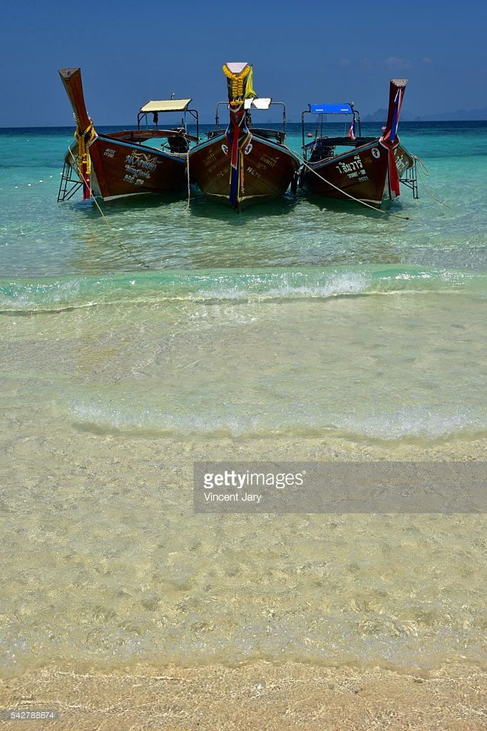 Perspective of longtail boat on Bamboo Ilsand beach, Koh Phi Phi island province, Thailand, Asia.  #getty #thailand #image #photo #www.vincent-jary.fr #travel #island #paradise #paradisiac #turquoise #photograph