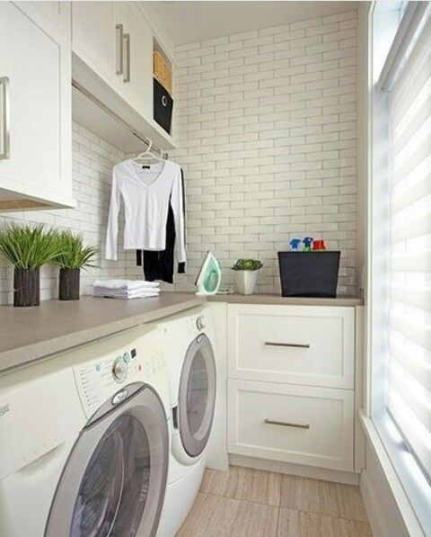 Oltre 25 fantastiche idee su ripostiglio lavanderia su - Arredo lavanderia casa ...