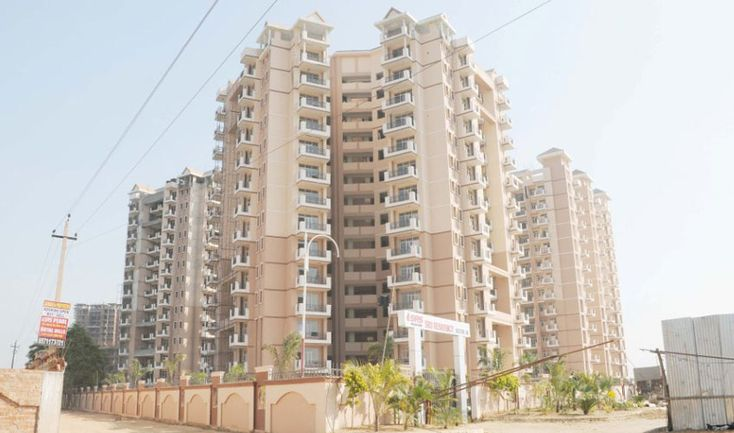 BPTP Park Grandeura Flats is now presents Homes & Apartments, flats 2,3 BHK and 4 BHK in NCR Region.