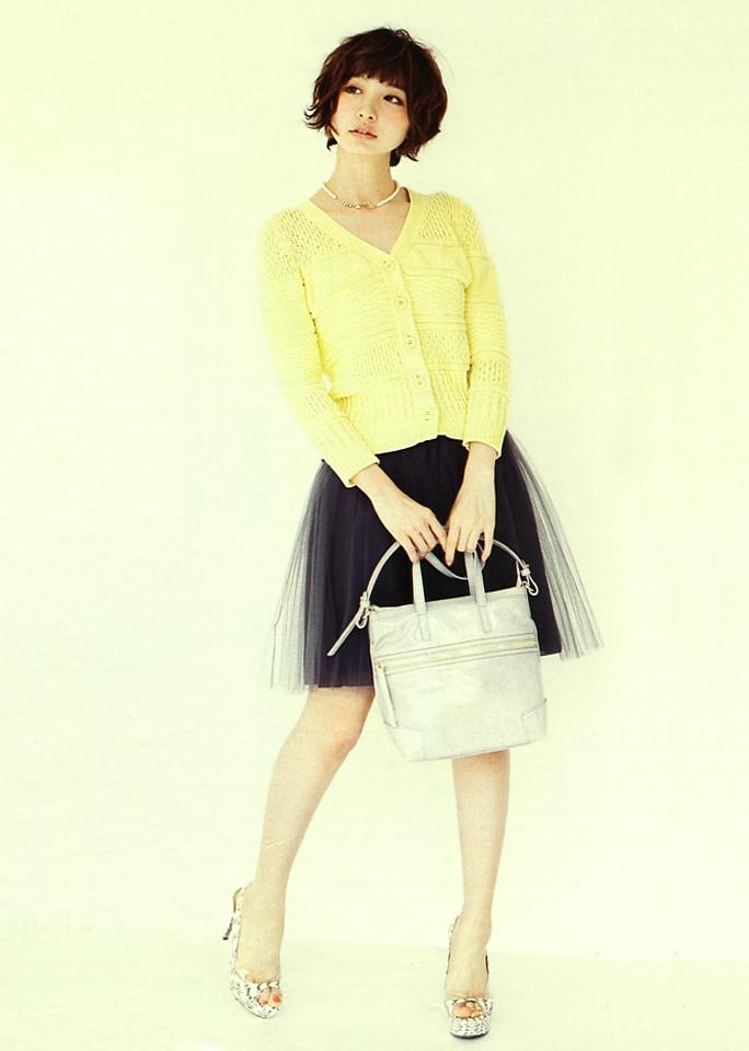 Mariko Shinoda (Japanese idle / AKB48) in MORE (Fashion magazine) 2013. Black tutu & yellow cardigan.