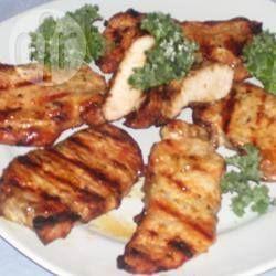 Costeletas de porco grelhadas com molho de manteiga e limão @ allrecipes.com.br