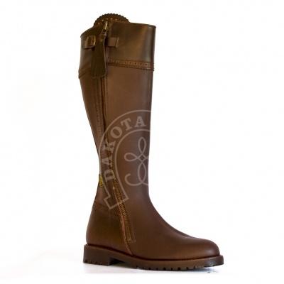 Hunter boots. made in Spain, Valverde del Camino, Dakota Boots.