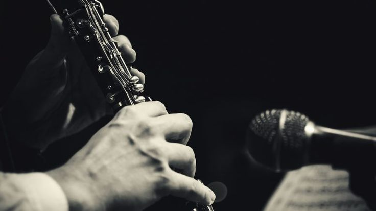 Recording Woodwind and Brass Instruments | Recording electric instruments is easy, but what about acoustic? This guide will be your key to learn about recording woodwind and brass instruments!