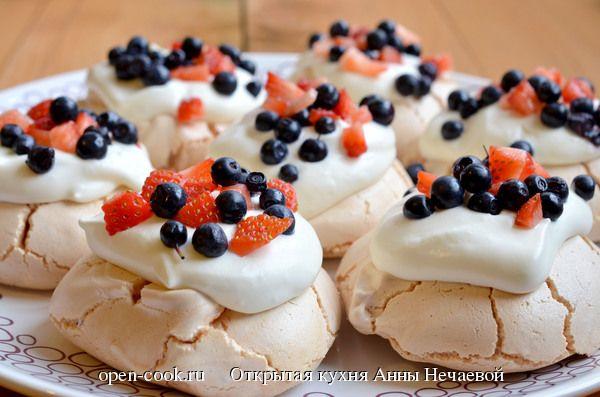 Пирожные безе+взбитые сливки
