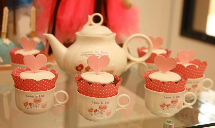 Deliciosa Festa do Pijama com chá de bonecas muito charmosa e cheia de detalhes lindos!Produção Vanessa Ramos Party www.vanessaramos.com.br