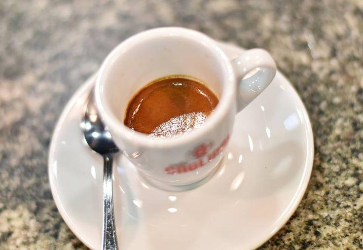 Caffè normale o caffè freddo per la carica del mattino! #energia #pasticceriapamela #modena