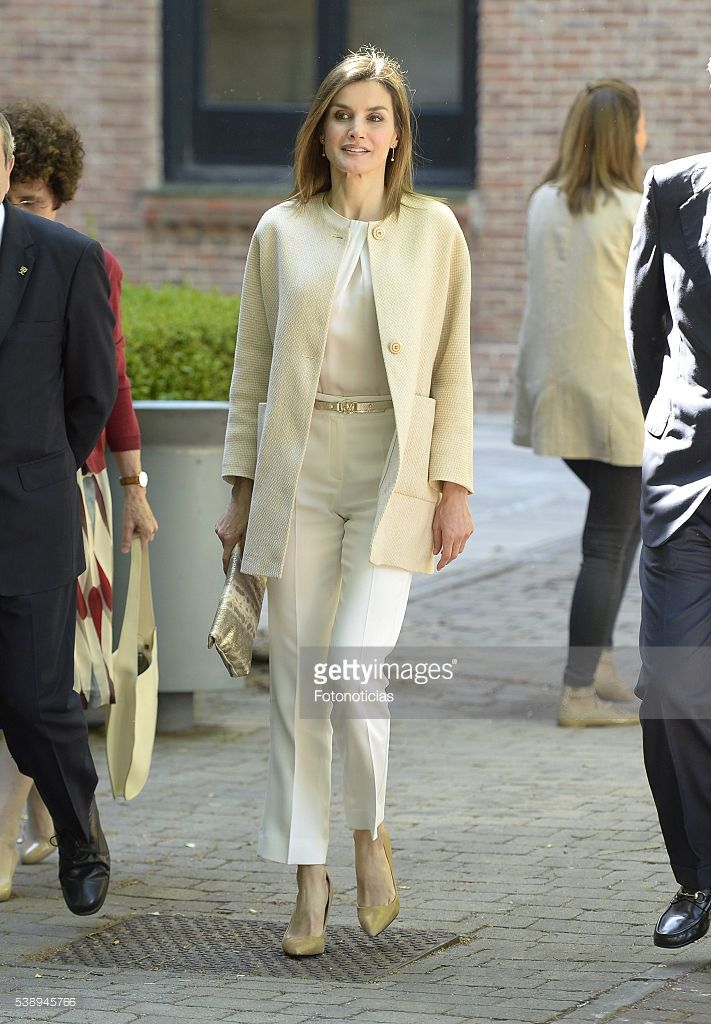 Queen Letizia of Spain visits the traditional 'Residencia de Estudiantes' (Studentes Residence) on June 9, 2016 in Madrid, Spain.  (Photo by Fotonoticias/WireImage)