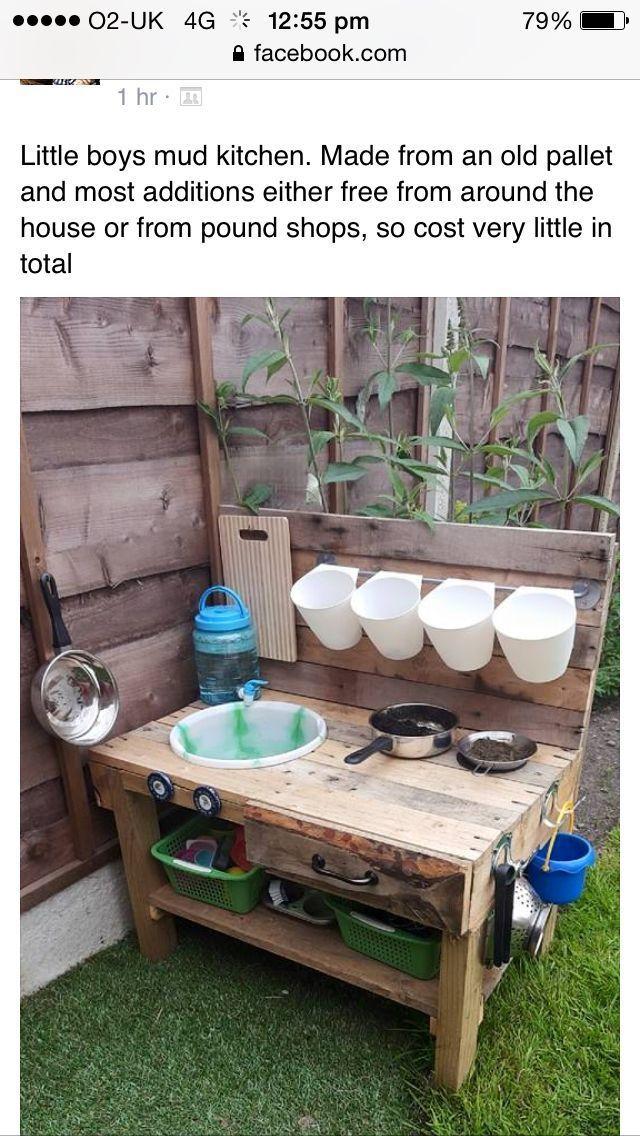 Tolle Schlammküche für die Kinder im Garten #diy #garten #kinder #schlammküche