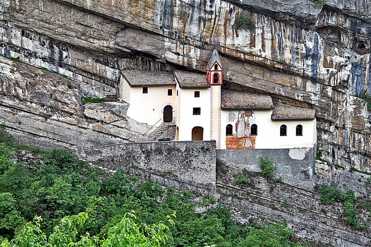 """All of us wantto spend some time in silence and to go to a peaceful place far away from civilization. Exactly like that are these isolated buildings without neighbors and noise, built in places that you can not even imagine. These 6buildings are the mostisolated places in the world: 1. The """"Holy Trinity"""" Monastery in"""