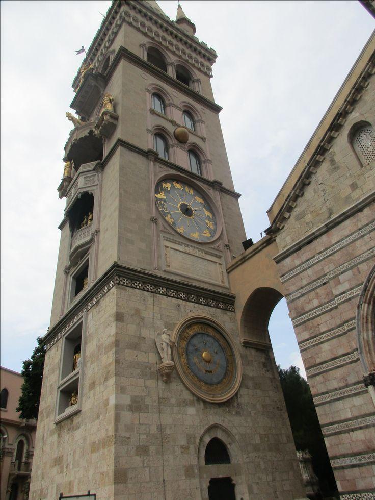Orloj u katedrály - Messina - Sicílie - Itálie