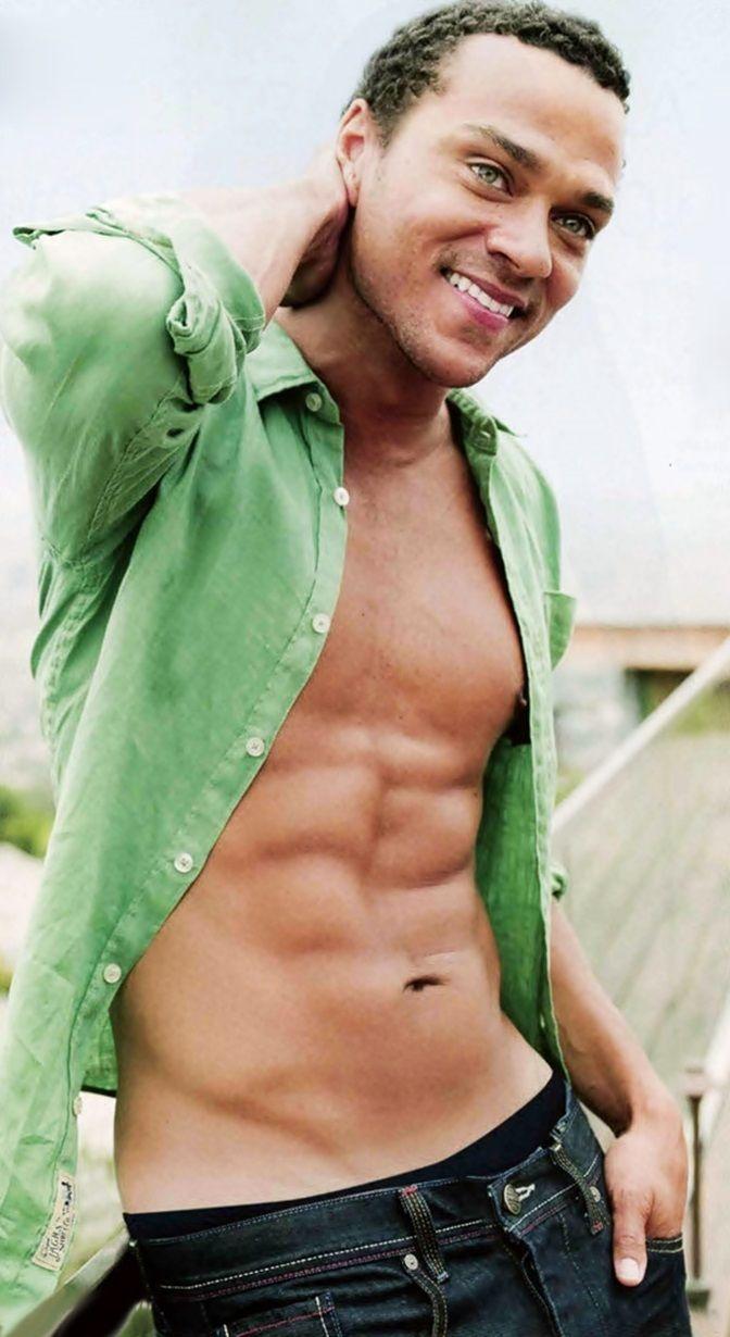 Jesse Williams... yummmmm!