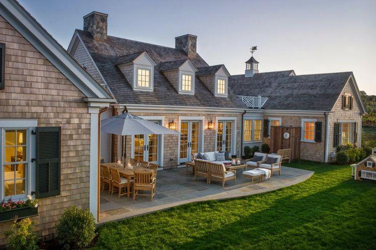 "private backyard ""nook"".......Steward of Design: HGTV Dream Home 2015"