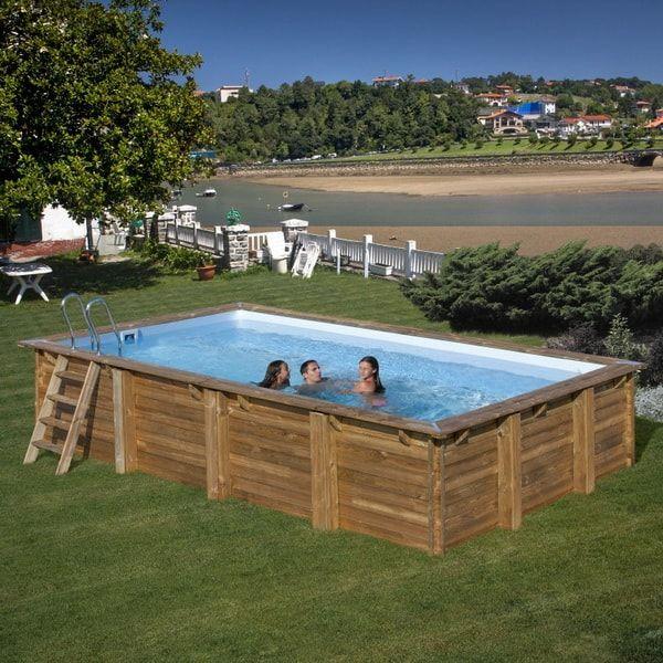 Piscina de madera rectangular. Piscinas desmontables para patios o jardines. #piscinasdesmontables #decoraciondejardines