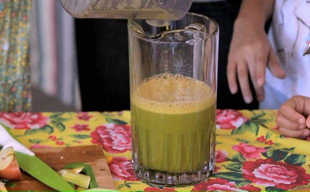 Suco verde detox: receita da Kapim - Socorro! Meu Filho Come Mal - Programas - GNT