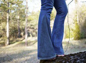 DIY http://www.bigodino.it/design/come-trasformare-vecchi-jeans-in-pantaloni-a-zampa-delefante.html