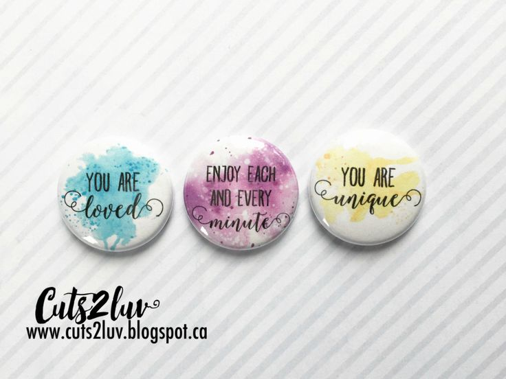 3 Badges 1 You are loved par Cuts2luv sur Etsy