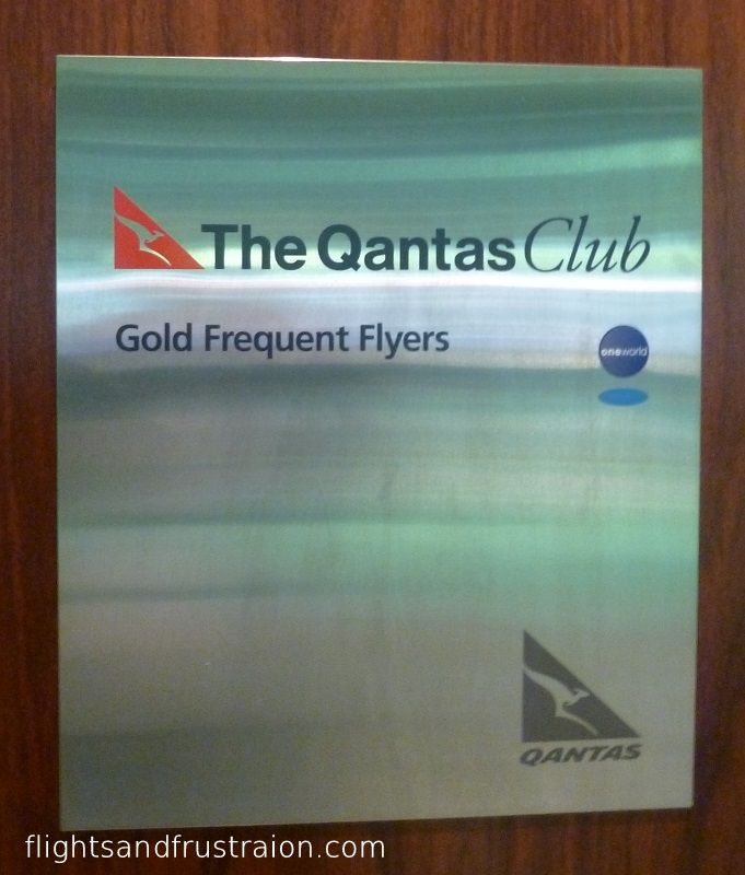 The Qantas Club Lounge Brisbane Airport is a modern although not overly spacious place to wait for your flight connections in Australia. Join me and take a look inside the best Qantas has to offer. http://flightsandfrustration.com/review-of-the-qantas-club-lounge-brisbane-airport/ #qantas #lounge #brisbane #airport