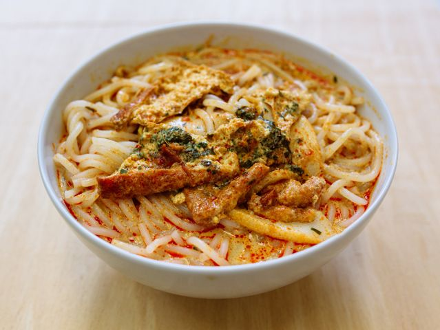 You probably never made your own laksa, but if you're feeling adventurous (as we were!), here's a laksa recipe singapore style to try. Good luck!