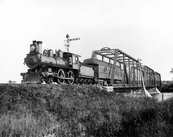 Canadian Atlantic locomotive car ... Rideau River Bridge 1893 ... Ottawa,  Ontario Canada