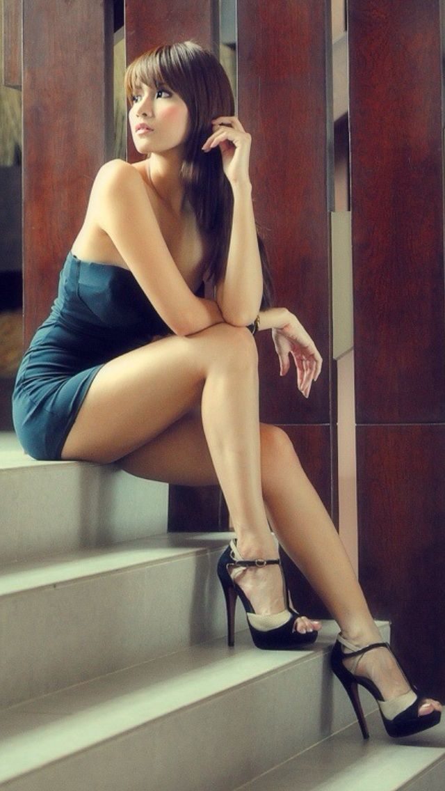 Erotic tasteful mature women photos