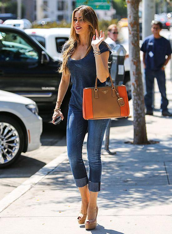 Fashion - Sofia Vergara - Casual wear - jeans & wedges ...