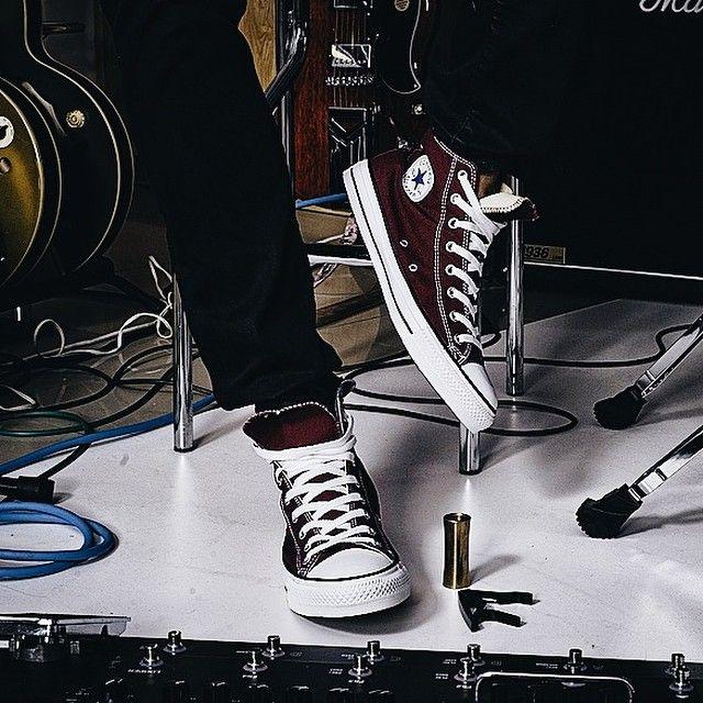 Bordowy Converse Za 194 Zl Lap Okazje Converse Allstar Chucktaylor Sneakers Sneakerstore Jesien Zi High Top Vans Vans High Top Sneaker Chucks Converse