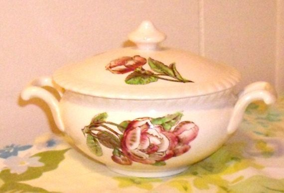 Johnson Brothers Sugar Bowl with lid Old Flower by designfrills, $84.00