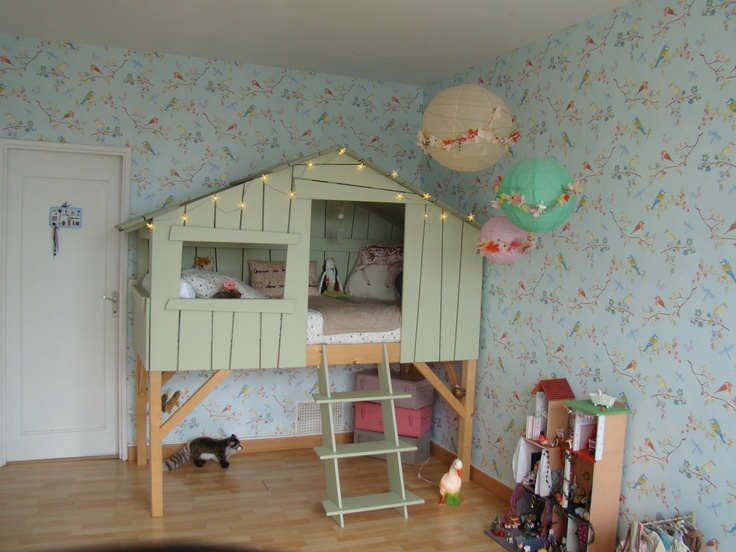 play house bed * a little girl's dream room - La chambre d'Emma