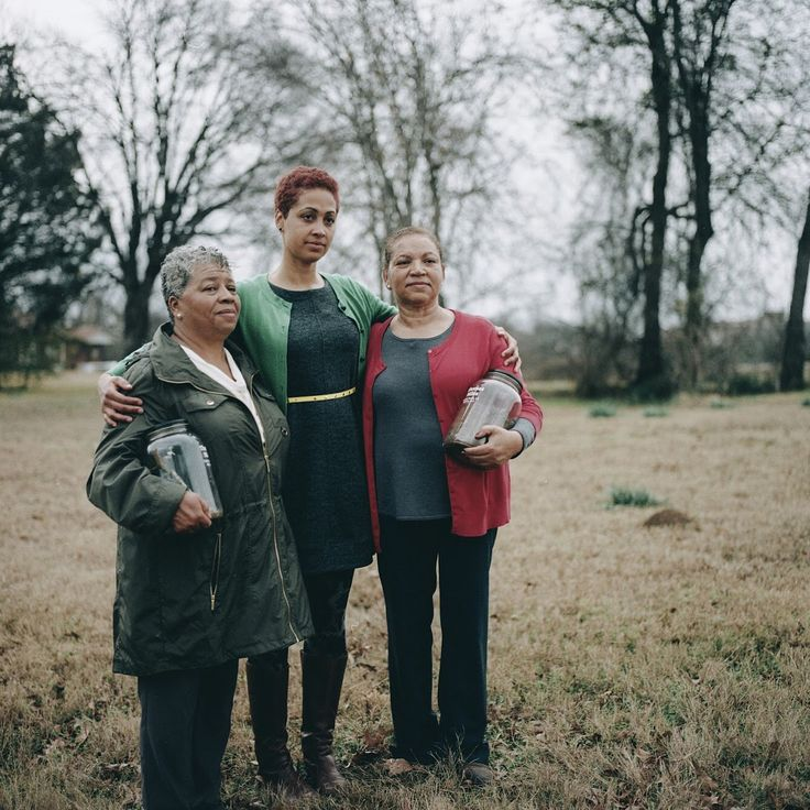 """""""Families torn apart. Communities torn apart. Loss of land. Loss of businesses. Loss of history. There's a legacy that lives on."""" — Shirah Dedman, along with her mother, Phoebe Dedman, and aunt, Luz Myles, remembers her great-grandfather, Thomas Miles Sr., who was lynched in Shreveport, Louisiana in 1912. Click link in bio to hear their story, and explore the Legacy of Lynching, a new exhibition organized in partnership with @eji_org snd @google, now through September 3 @brooklynmuseum."""