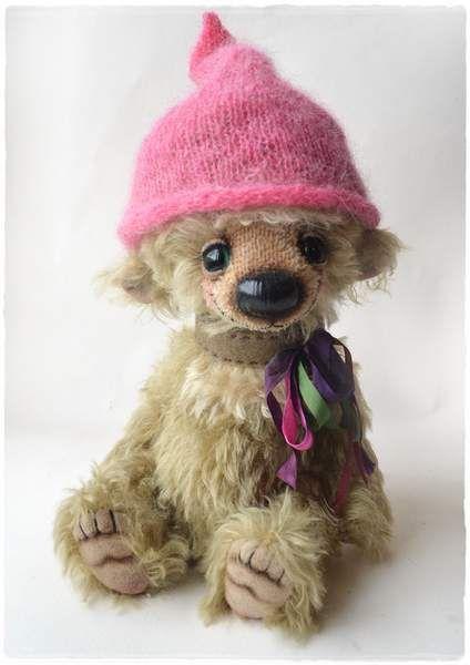 Lolo by Anastasia Kuptsova | Bear Pile