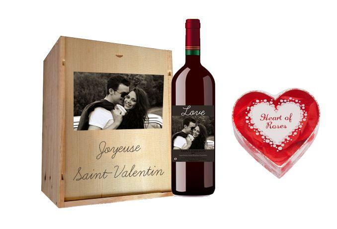 Saint Valentin Coffret Bouillotte Coeur et Rosé personnalisé Offrez un peu de chaleur et de douceur à la femme ou à l'homme de votre vie avec ce cadeau 100% personnalisable ! http://www.mabouteille.fr/coffret-petales-roses-emilion-p-554.html
