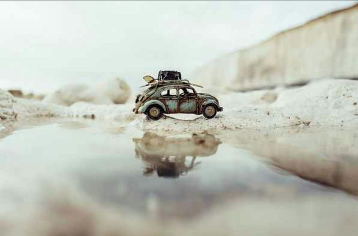 Traveling cars adventures by Kim Leuenberger