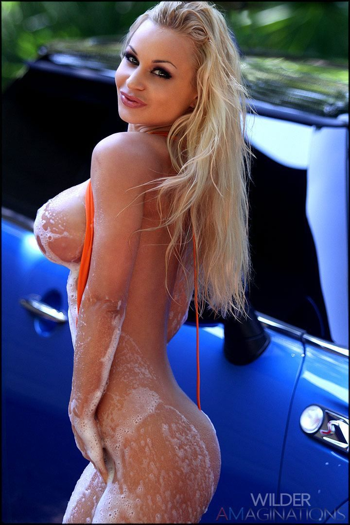 topless-car-wash-babe-mature-love-sex-fuck-cock