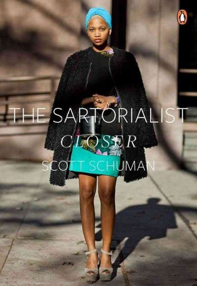 """Presents a collection of fashion portraits and a selection of blog entries from the author's """"The Sartorialist"""" blog that give perspectives on street fashion and visions of the fashion capabilities of everyday people."""