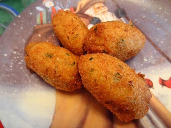 Bolinhos de Bacalhau - Portuguese Cod Fish Cakes.