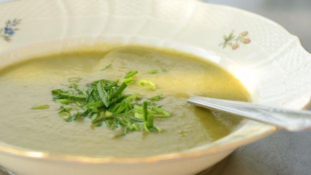 Kartoffel-porre-suppe | udeoghjemme.dk