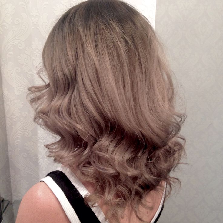 Stunning Champagne Ombré / Ballyage  www.chillicouture.com.au