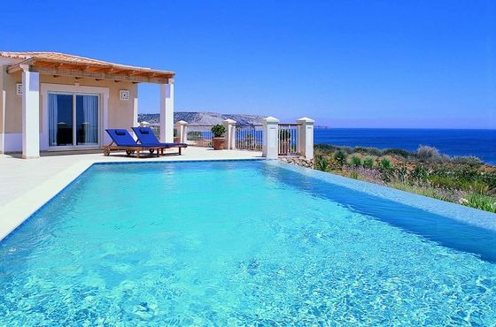 Marvelous sea views in Portugal - Praia da Luz #ForSale #SeaViews #PraiaDaLuz / Maison #AVendre