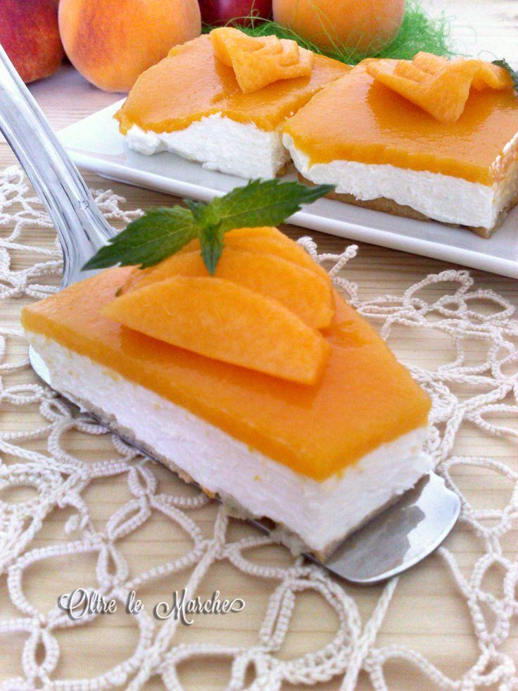 Torta fredda alle pesche dolci estivi,  cheesecake alla frutta, cheesecake philadelphia, creme per torte, dolce alle pesche, dolci alle pesche, dolci facili, ricette di semifreddi alla frutta,
