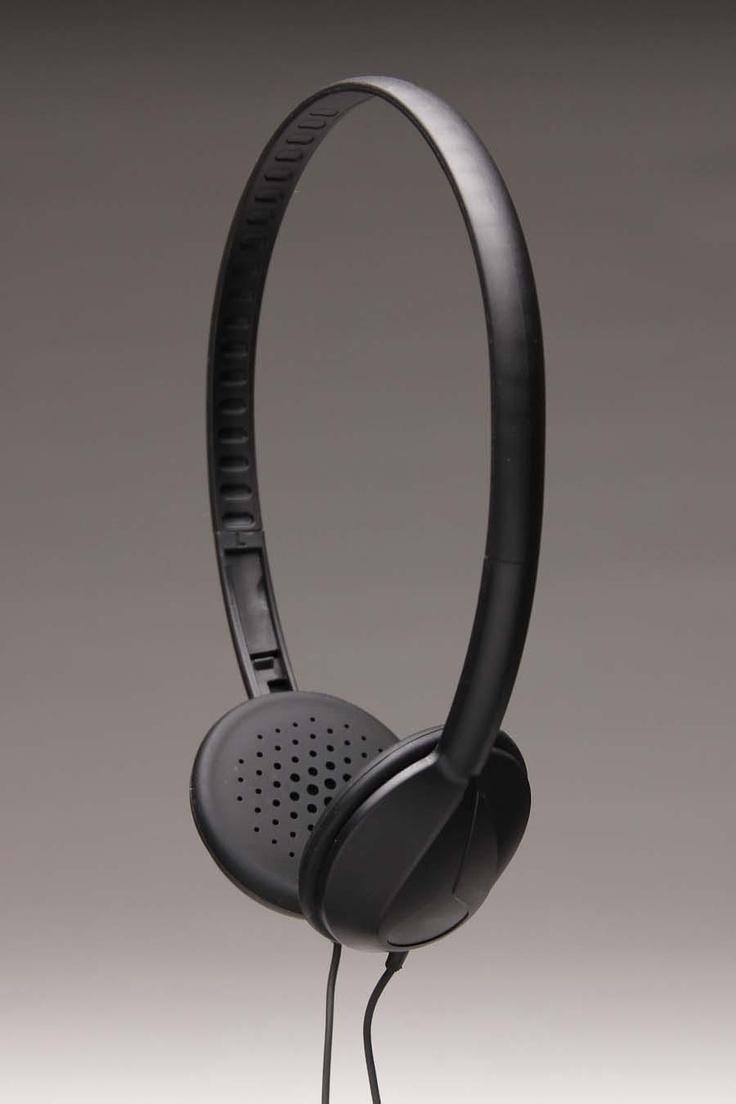 NIXON WHIP MIC HEADPHONES @ Jack Threads: Authentic Headphones, Nixon Whipped, Whipped Mic, Products Photography, Nixon Headphones, Products Design, Mic Headphones, Headphones Headphones, Joining Jackthread