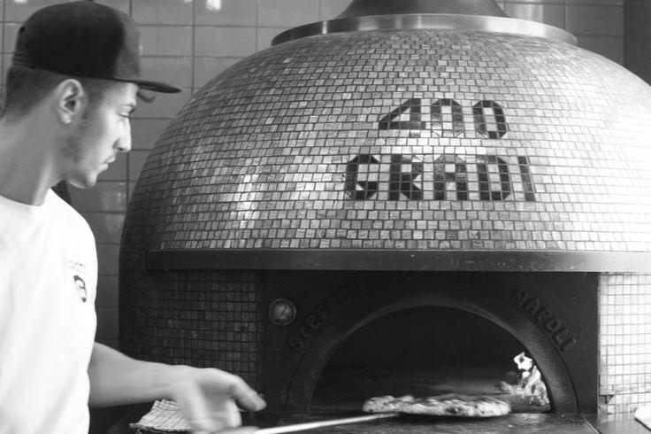 HOT: 400 Gradi Pizza Making Kid's Masterclass, Lygon St, Brunswick East http://tothotornot.com/2016/05/hot-400-gradi-pizza-making-class-for-kids/