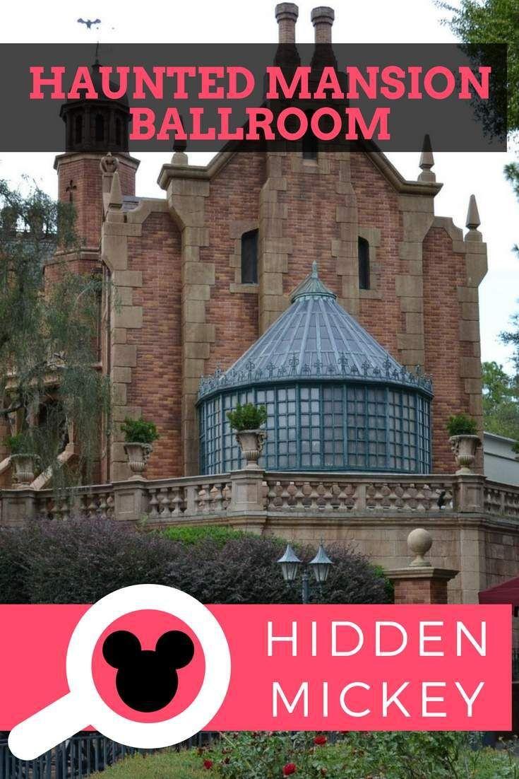 Encontramos um Mickey escondido na Haunted Mansion do Magic Kingdom.