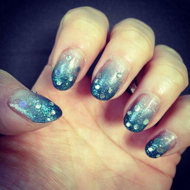 nail-art / gray nail art