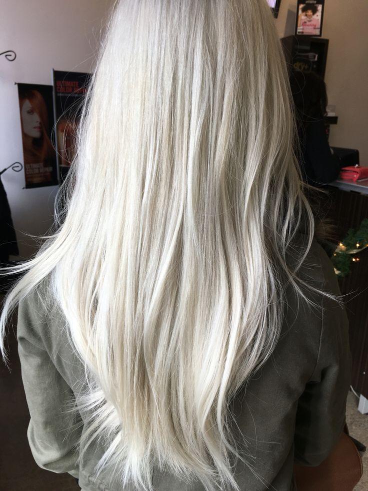 Imagen de blonde hair, long hair, and platinum blonde