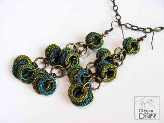 Original Crochet verde dangle seda pendientes por DouaMainiDibace, $14.00