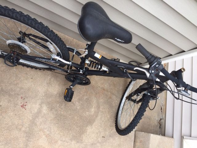 "24"" Next PX 4.0 Boys Mountain Bike Hutchinson - County Buy, Sell, Trade"