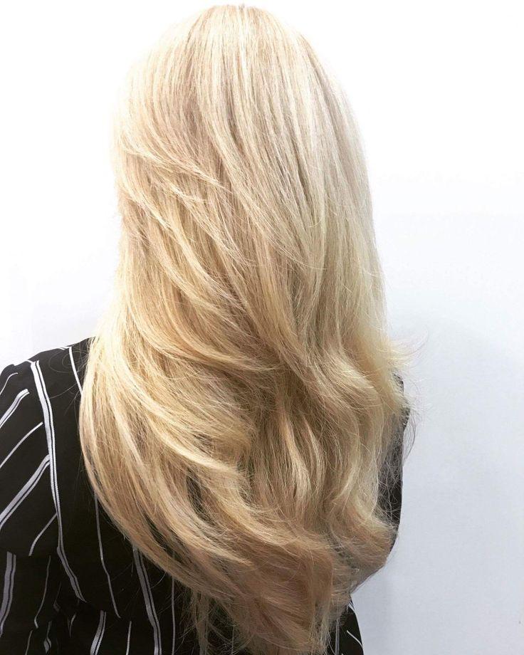 #blonde #blowdry #sungliz #idhairpaint #highlights # longhair #tukkatalo #hairdresser