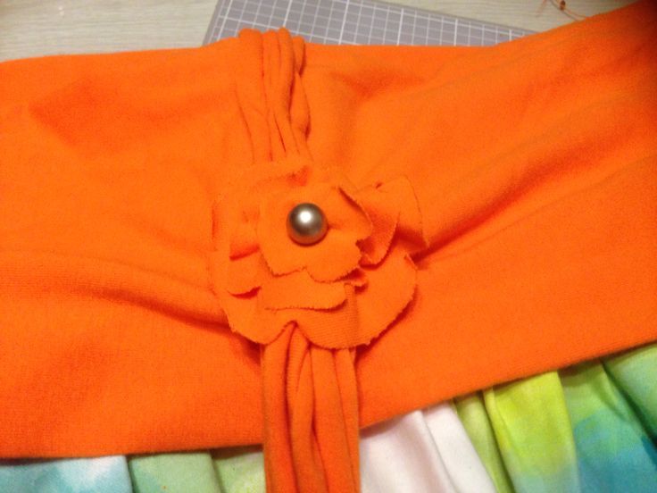 Detail flower on skirt