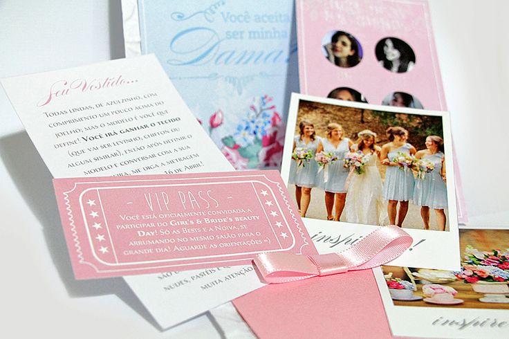 {Aperte o play para ler esse post ouvindo música} Um dos meus arrependimentos da fase dos preparativos do casamento foi não ter criado um convite especial para as minhas bridesmaids(damas). Eu só n...